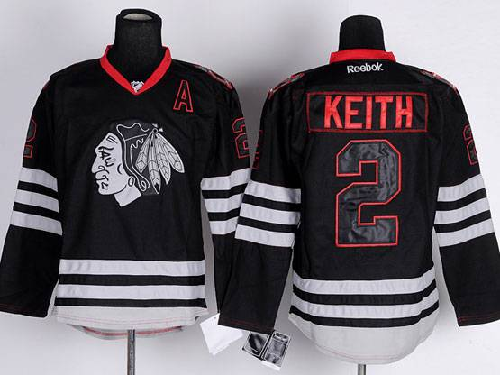 Mens reebok nhl chicago blackhawks #2 keith black ice with a Jersey
