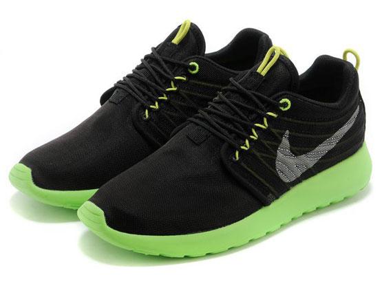 Women    2014 Roshe Run Dyn Fw Qs Running Shoes Color Black&black&green 580579
