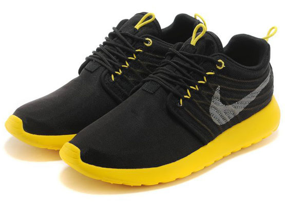 Women    2014 Roshe Run Dyn Fw Qs Running Shoes Color Black&black&yellow 580579