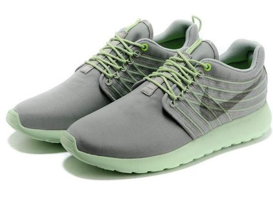Women    2014 Roshe Run Dyn Fw Qs Running Shoes Color Gray&gray&light Green 580579