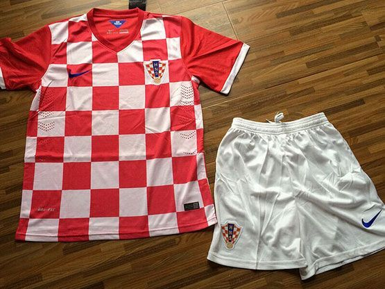 mens 14-15 soccer croatia national home (custom made) red Suit Jersey