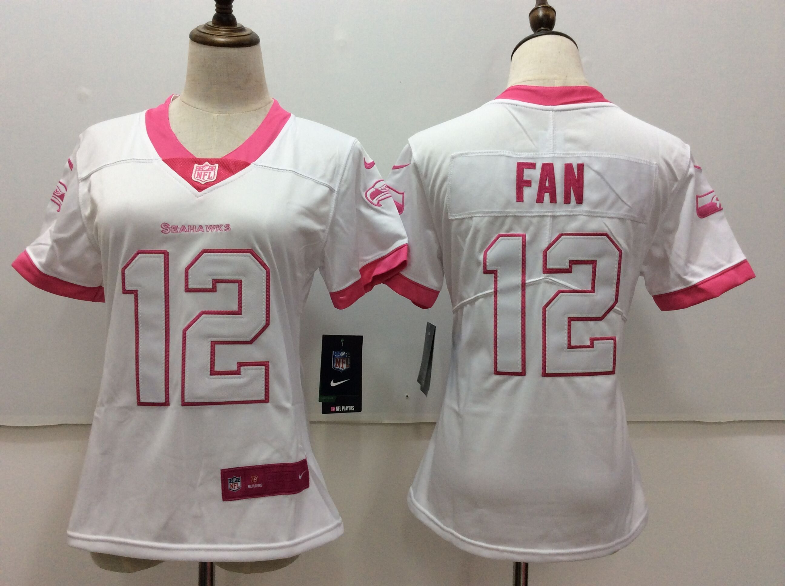 Women  Nfl Seattle Seahawks #12 Fan White Vapor Untouchable Limited Jersey