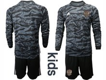 Kids Soccer Russia National Team Current Player Black Goalkeeper 2020 European Cup Long Sleeve Suit Jersey