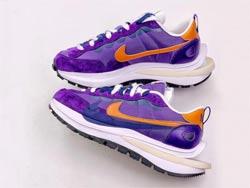 Mens And Women Sacai X Nike Vaporwaffle Dark Lris Running Shoes One Color