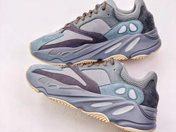 Mens And Women Adidas Yeezy 700 V2 Running Shoes One Color